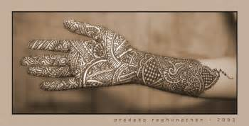 henna art textile design