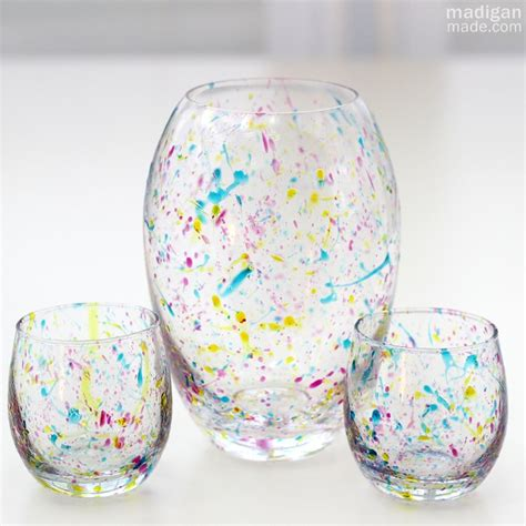 Painted Glass Vases Ideas by Diy Wedding Crafts Splatter Painted Glass Vases Diy