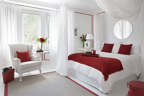 Catchy Red And White Bedroom Curtains Decor With Bedroom Decor | colin and justin romancing the bedroom the star