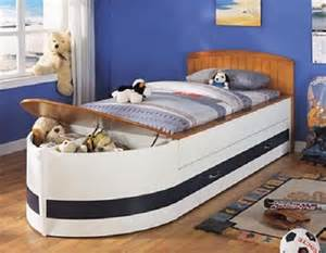 Toddler Boat Bed Adorable Ship Beds For The Litlle