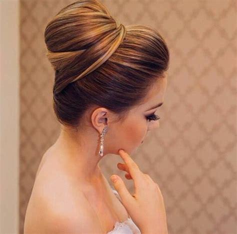 Brautfrisur Braune Haare 1001 ideen und inspirationen f 252 r fantastische dutt frisuren