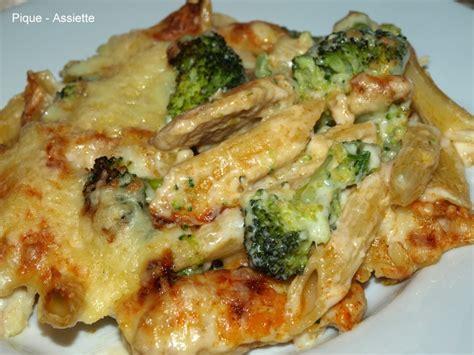 gratin de p 194 tes au poulet et brocolis pique assiette