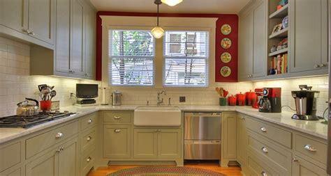 craftsman style kitchen cabinets image of craftsman cherry kitchen cabinets minimalist