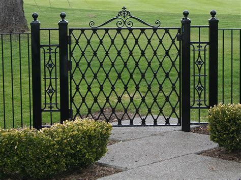 Cost Of Trellis Fencing Average Cost Of Wrought Iron Fence 171 Margarite Gardens