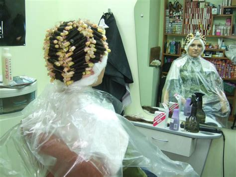 sissy men geeting perms in beauty shop men getting sissy perms hairstyle gallery