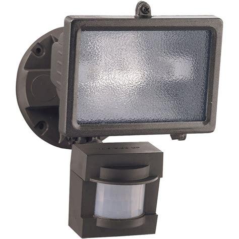 amazon motion sensor light amazon com heath zenith hz 5511 bz 110 degree 150 watt