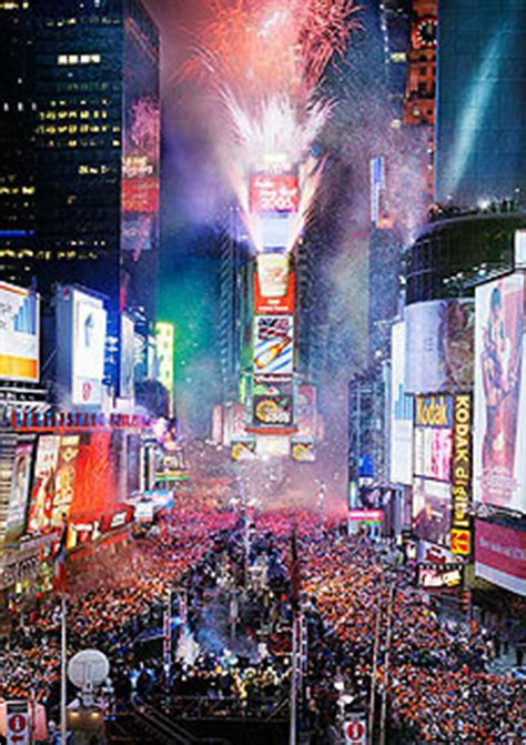 times square alliance new years eve live schedule not in nyc for the new year s eve 2006 ball drop in times