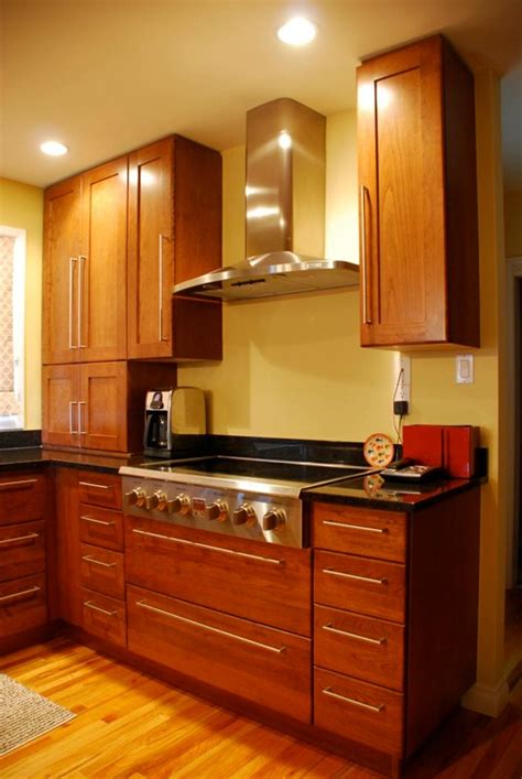 how kitchen cabinets are made custom kitchen cabinets calgary evolve kitchens