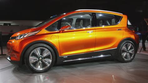 new chevy volt drives way longer on a charge aug 4 2015