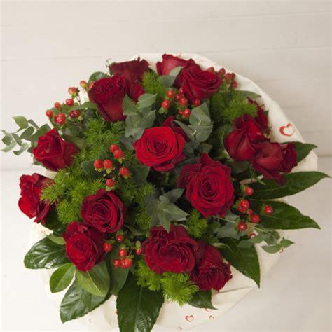 acquisto fiori bouquet rosse co dei fiori acquisto fiori