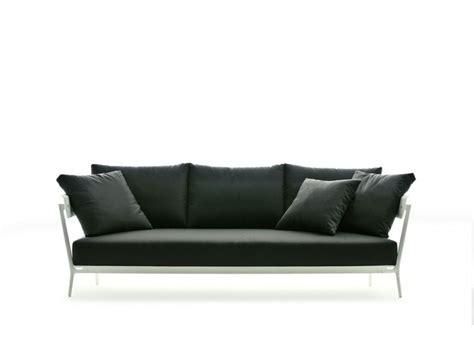 fast sofa aikana lounge fast outdoor sofas hgfs designer