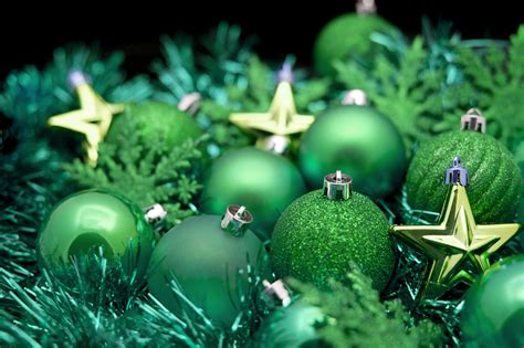 green christmas ornaments gr n with nv 165 pinterest
