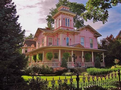 House Wooster Oh pink house in wooster ohio pictures photos