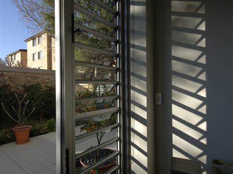 jalousie louvre safe and stylish window louvres available from safetyline
