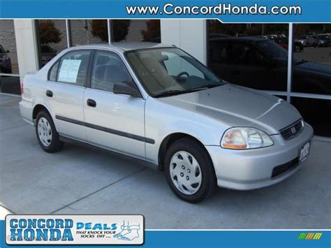 1996 Honda Civic Sedan by 1996 Vogue Silver Metallic Honda Civic Lx Sedan 29956930