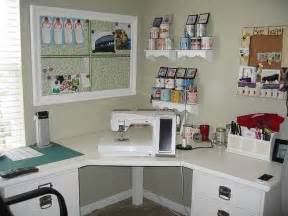 Corner Craft Desk 17 Best Ideas About Small Craft Rooms On Craft Rooms Small Sewing Space And Craft