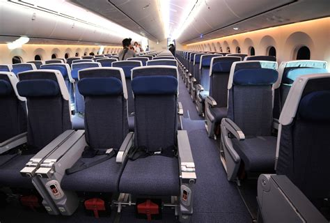 aircraft seat upholstery senate refuses to stop airlines from shrinking seats cbs