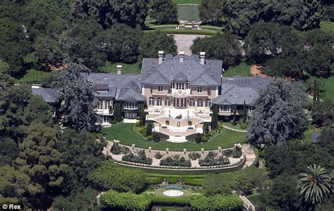 oprah winfrey house image gallery oprah mansion