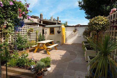 garden wall fencing privacy fencing ideas landscape with brick garden wall