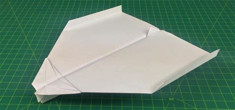 How To Make A Gliding Paper Airplane - how to make a paper plane that flies far glider