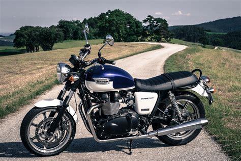 Triumph At Motorrad triumph bonneville motorrad fotos motorrad bilder