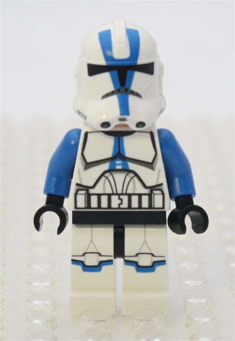 LEGO Star Wars Forum | From Bricks To Bothans • View topic ... Future Battle Helmet