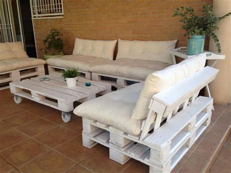 patio furniture with pallets diy outdoor patio furniture from pallets 99 pallets