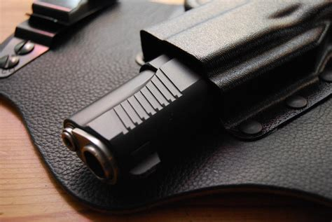 inside the waistband concealed carry holster 5 best inside the waistband concealed carry holsters