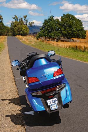 honda gl1800 goldwing luxury road rider magazine