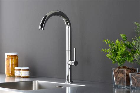 rubinetti fonte rubinetteria paffoni produzione di rubinetti e