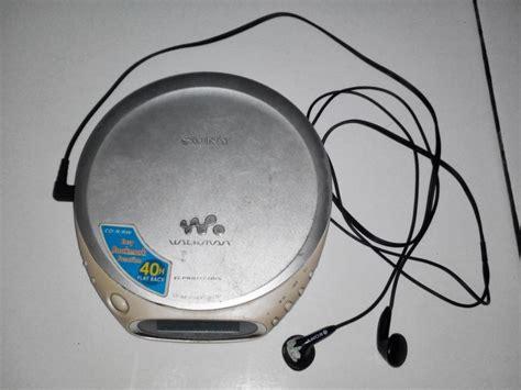 Headset Gede masa kecilmu pasti bahagia kalau kamu bisa ingat 33 barang