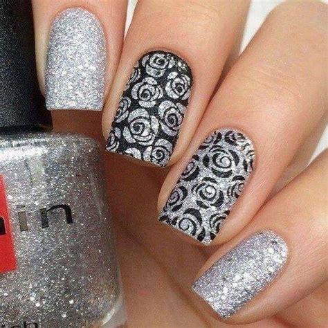 imagenes de uñas negras con azul 80 dise 209 os de u 209 as plateadas u 209 as decoradas nail art
