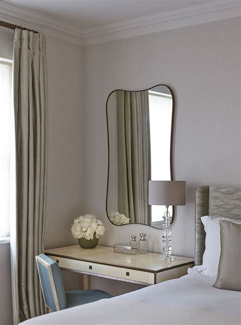 bedroom makeup table 25 best ideas about bedroom dressing table on pinterest