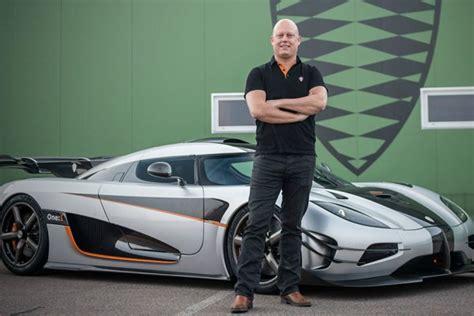 Leno Koenigsegg Leno Takes Koenigsegg One 1 For A Spin Luxury