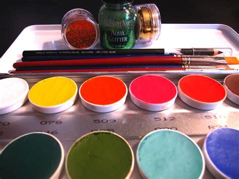 Painting Supplies by Facepainting Gannon Weeks In Studio