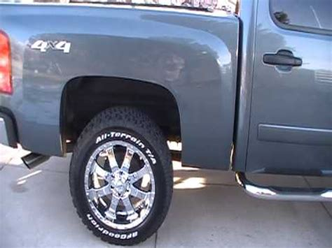 2007 chevy silverado 20 chrome wheels 285/55/20 bfgoodrich