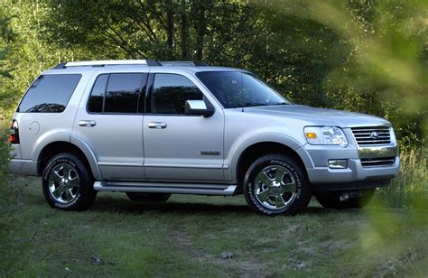 2006 ford explorer review top speed