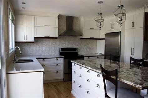 granit blanc cuisine armoires de cuisine en polyester blanc 238 lot en granit