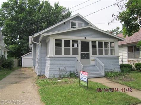 houses for sale in battle creek mi 183 summer st battle creek michigan 49015 detailed property info reo properties and bank
