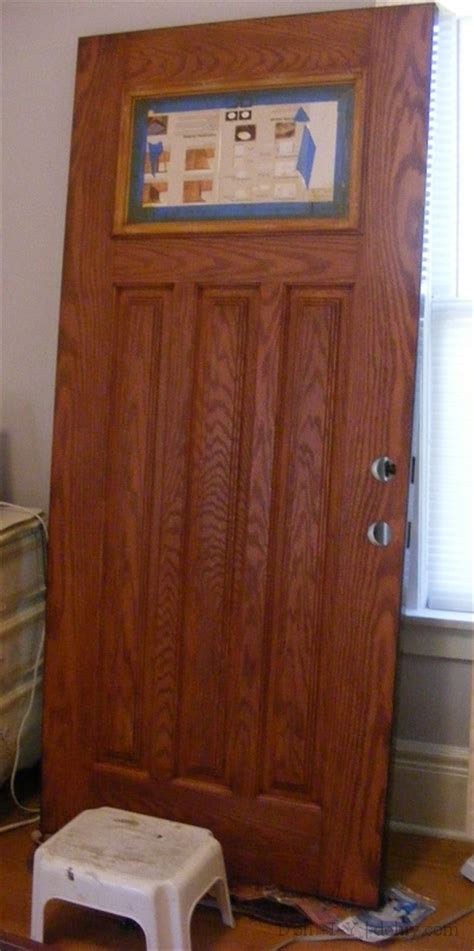 How To Stain A Fiberglass Door by How To Finish A Fiberglass Door To Look Like Wood D Oh I Y