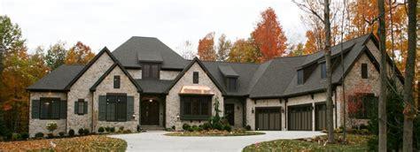 custom ranch  features   prestige homes