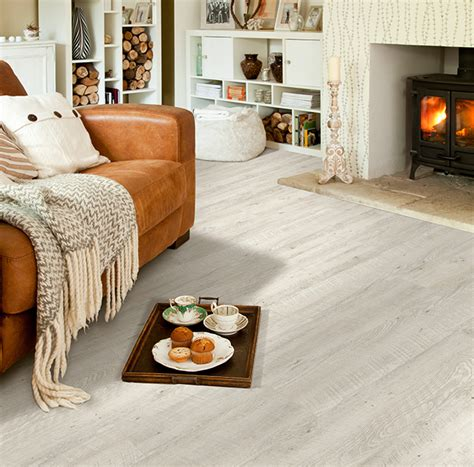 IVC Moduleo Embellish Click Castle Oak Vinyl Flooring 55152