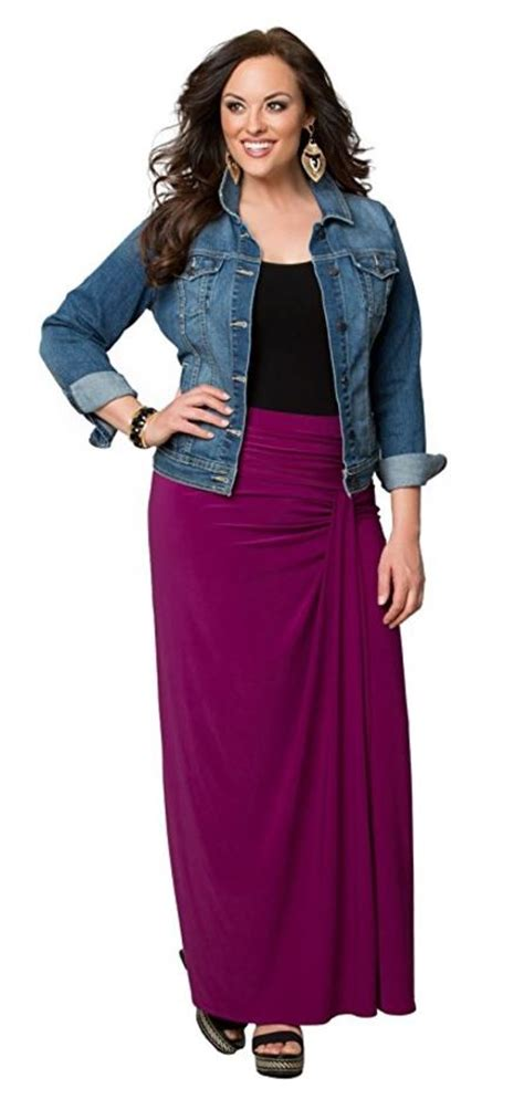 what top to wear with a plus size maxi skirt