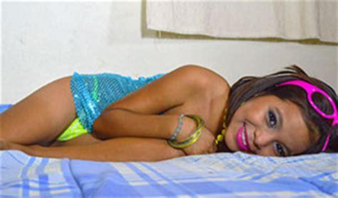 Naomi Kvetinas Bz Pussy Sexy Girl And Car Photos