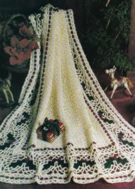 pattern christmas afghan christmas holly afghan allfreecrochetafghanpatterns com