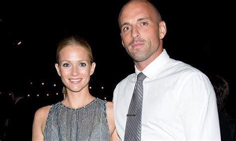 aj cook nathan andersen aj cook and husband nathan andersen are expecting their