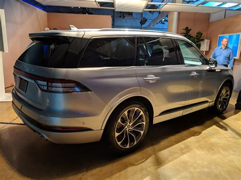 ford aviator 2020 the 2020 lincoln aviator gets a 450 hp in hybrid and