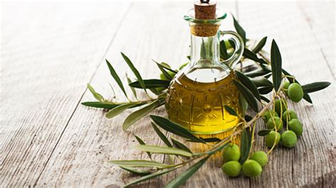 Can You Use Olive In An L by How To Condition Your Hair With Olive