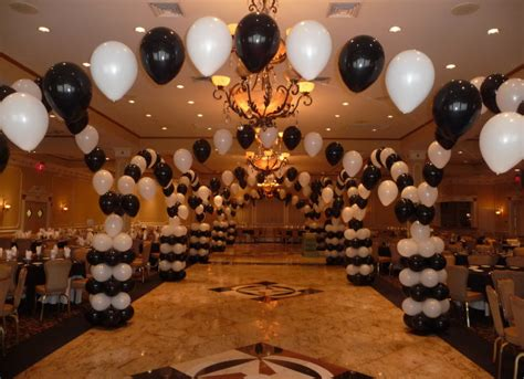 Fuschia and black balloon arch decoration pictures to pin on pinterest pinsdaddy