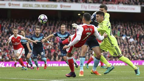 arsenal guardian arsenal spurs fire blanks in pursuit of man city sport